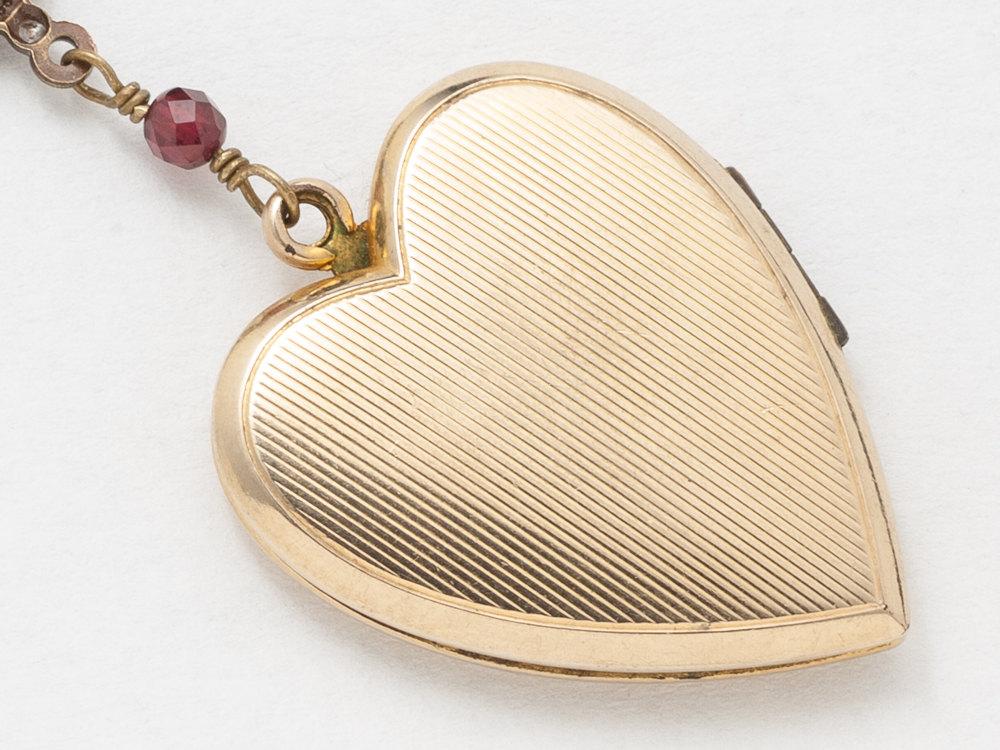 Antique Gold Heart Locket Necklace Gold Filled Locket Heart Locket with Genuine Red Garnet Dragonfly Charm Leaf Engraving Photo Locket