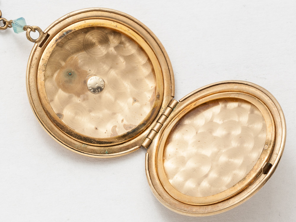 Antique Gold Locket Necklace Gold Filled Locket Locket Pendant with Genuine Aquamarine Agate Blue Crystal Photo Locket Jewelry