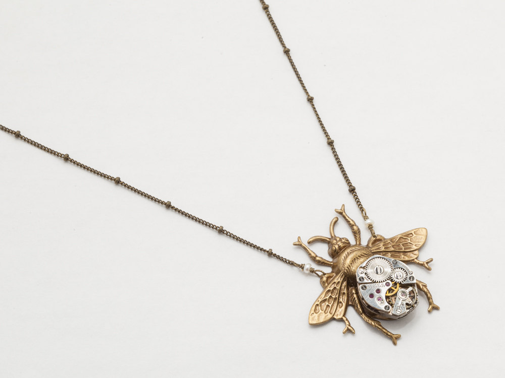 bee gold jewellery bonas oliver pendant necklace vintage bumble
