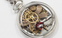 pocket watch case steampunk necklace vintage silver gears gold dragonfly red gemstone (3)